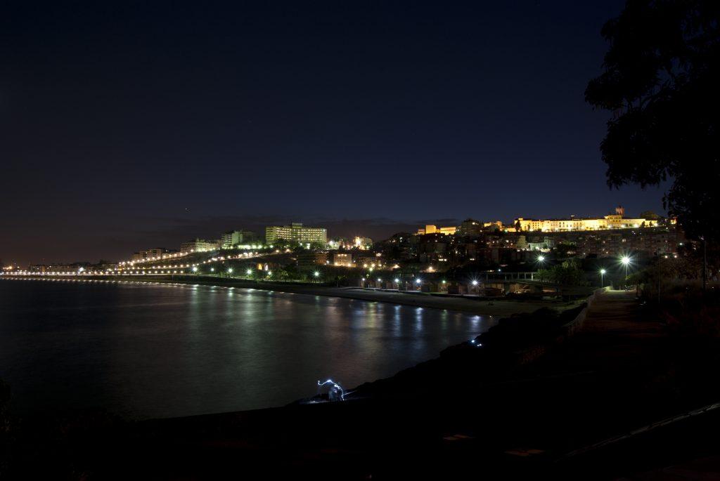 Ночной город Таррагона