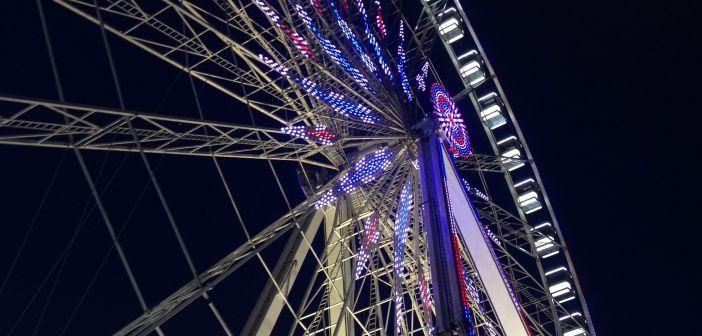 Большое колесо обозрения на площади Согласия